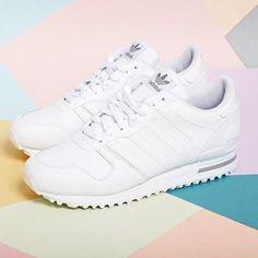Кроссовки спортивные adidas белые