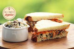 Sanduíche de salpicão de frango agridoce - Mel e Pimenta