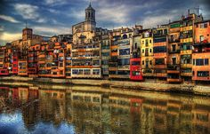 Girona Catalunya - Spain at your Pace