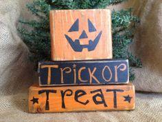 Primitive Country Jack o Lantern Pumpkin Trick or Treat Shelf Sitter Wood Blocks
