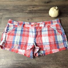 "Hollister Co plaid shorts Hollister Co red multicolored plaid shorts. The measurements are 18"" waist; 8"" rise; 1""inseam thin cotton elastin lightweight and stretchy Size 11 stretch Hollister Shorts"