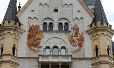 Neuschwanstein Castle with Kids: A Modern Fairy Tale - The World ...