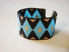 http://www.alittlemarket.com/bracelet/fr_bracelet_en_perles_tissees_miyuki_losange_bleu_-13904449.html