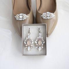 Свадебные туфли (клипсы на обувь)  и серьги для невесты