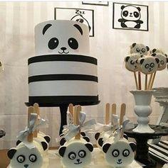 Panda cake, pops,and nice table display. Panda cake, pops,and nice table display. Baby Cakes, Baby Shower Cakes, Baby Shower Table, Shower Party, Baby Shower Parties, Panda Birthday Party, Panda Party, Bear Party, Birthday Table