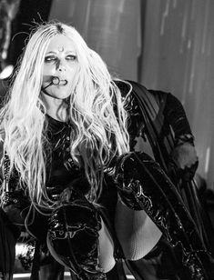 Epic Firetruck's Maria Brink & In This Moment ~ Maria Brink, Rock Queen, Women Of Rock, Nu Metal, Heavy Metal Music, Concert Photography, Female Singers, Music Artists, Movie Stars