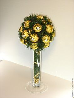 из конфет на новый год - Поиск в Google Candy Crafts, Bouquet, Clock, Christmas, Gifts, Gift Ideas, Sweet, Google, Home Decor
