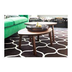 STOCKHOLM Satsbord, set om 2 IKEA Bordsyta av valnötsfaner och ben i massiv valnöt; ger en varm, naturlig känsla i ditt rum.