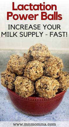 Lactation Balls: (No Bake) Chocolate Chip Power Balls - Minnesota Momma The best lactation protein balls to increase your breast milk supply! The recipe for these lactation bites is easy to fol Lactation Balls Recipe, Lactation Recipes, Easy Lactation Cookies, Lactation Foods, Boost Milk Supply, Increase Milk Supply, Foods To Avoid, Foods To Eat, Breastfeeding Snacks