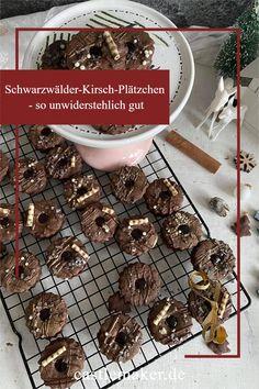 Deserts, Cookies, Blog, Christmas, Chocolate Kiss Cookies, Cherries, Crack Crackers, Xmas, Biscuits