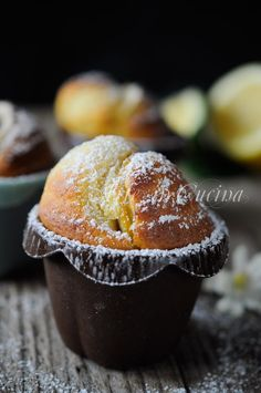 Muffin alla ricotta e limone ricetta veloce vickyart arte in cucina Muffin Recipes, Cake Recipes, Breakfast Recipes, Dessert Recipes, Italian Desserts, Mini Desserts, Italian Recipes, Cupcakes, Kenwood Cooking