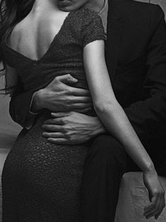 Classy Couple, Love Couple, Daddy Aesthetic, Couple Aesthetic, Couple Photography, White Photography, Vintage Engagement Photos, How To Gain Confidence, Cute Couples Goals