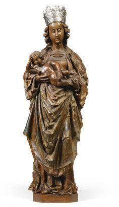 Sotheby. ATELIER DU MAÎTRE D'ELSLOO (ACTIF PREMIÈRE MOITIÉ DU 16ÈME SIÈCLE)  FLAMANDE, LIMBOURG, VERS 1520-1530 Vierge et l'Enfant chêne, avec des restes de polychromie, avec une couronne d'argent éventuellement associé marqué: OH , Γ et avec un illisible manteau-de-bras  globale:. 117cm