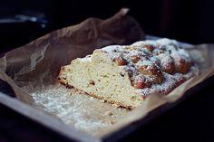 FoodLover: Tvarohová vánočka Krispie Treats, Rice Krispies, Christmas Cookies, Xmas, Bread, Sweet, Food, Xmas Cookies, Candy
