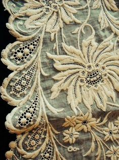 ⌖ Linen & Lace Luxuries ⌖  antique embroidered lace detail - gorgeous!