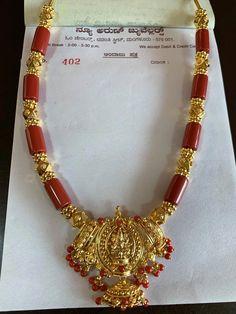 #simplebridaljewelleryhairpieces Jewelry Design Earrings, Beaded Jewelry Designs, Gold Jewellery Design, Bead Jewellery, Jewelry Patterns, Necklace Designs, Gold Jewelry Simple, Coral Jewelry, 30