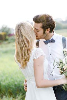 Sommerliches Hochzeits-Picknick im Gewächshaus VERENA ANNE AHRENS http://www.hochzeitswahn.de/inspirationsideen/sommerliches-hochzeits-picknick-im-gewaechshaus/ #wedding #picnic #couple