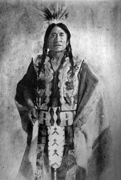 Asiniiwin (aka Rocky Boy, aka Stone Child) - Chippewa Cree - before 1916 Native American Pictures, Native American Beauty, Native American History, Native American Indians, Cree Indians, Montana, Native Indian, Before Us, Historical Photos