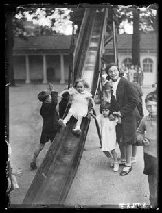 A photograph of children playing at the Foundling Site Playing Fields, London, taken by Bishop Marshall for the Daily Herald newspaper on 27 July, Vintage London, Old London, East London, London History, British History, Its A Wonderful Life, Life Is Like, Innocence Lost, Science Museum