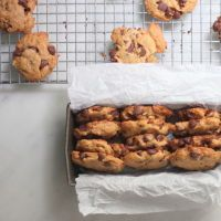 """10 Secretly Healthy Cookie Recipes - Healthy and """"Healthy-ish"""" Sweet Treats/Desserts - Funnel Cake Best Gluten Free Cookie Recipe, Gluten Free Chocolate Chip Cookies, Healthy Cookie Recipes, Sugar Free Recipes, Healthy Cookies, Gluten Free Desserts, Baking Recipes, Primal Recipes, Easy Recipes"""