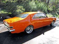 (1968 Holden HK Monaro Coupé)