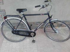 250 zł: rower sprowadzony nie używany w kraju rama 57 ,koła 28 opony dobre koła chromowane oświetlenie przód dynamo tył baterie [nowa lampa] pełna osłona łańcucha . rower w pełni sprawny model retro jeżeli n...