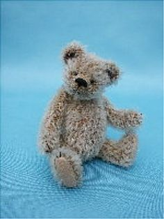 Learn how to make Artist Quality Miniature Teddy Bears to Collect & Share!