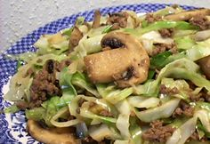 Cabbage, mushroom, and hamburger Stir-fry. I just got over the odd texture of cabbage and am now interested in finding ways to use this cheap, healthy, and easy-to-cook food :) Cabbage Recipes, Meat Recipes, Paleo Recipes, Asian Recipes, Low Carb Recipes, Cooking Recipes, Budget Recipes, Dinner Recipes, Stir Fry Low Carb
