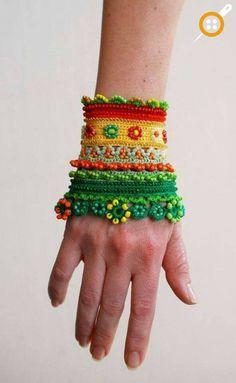Knit jewelry models - Knit bracelet models