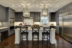 Traditional Kitchen Design in Minneapolis