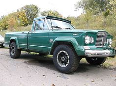 Classic Jeep Truck | ... JEEP GLADIATOR J3000 AMC 327 V8 MANUAL 4X4 SOLID AWESOME CLASSIC TRUCK