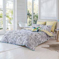The Monti range of bedding is a stylish and modern way to freshen up the look of your bedroom decor. With a bold black and white patterned theme and fully reversible yellow side, you will love the comfort of relaxing under the soft cotton covers every night. Coordinate with the Monti range to complete the look.