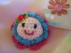 Traba para el cabello tejida a crochet. (handmade) En venta en AIO Vestuario Infantil.