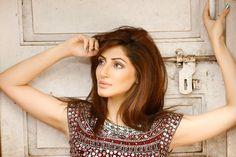 Unseen Hot Pics of Bollywood Super Model Reyhna Malhotra
