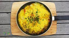 חביתה ספרדית טבעונית (טורטיית תפוחי אדמה) | vegaNoga Delicious Vegan Recipes, Tasty, Yummy Food, Famous Spanish Dishes, Vegan Tortilla, Spanish Omelette, Egg Free, Curry, Snacks