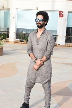 "Mumbai: Media interactions for ""Batti Gul Meter Chalu"" Shahid Kapoor - Social News XYZ Photos: at Media interactions for Trendy Mens Fashion, Indian Men Fashion, Mens Fashion Wear, Punjabi Fashion, Men's Fashion, Punjabi Kurta Pajama Men, Kurta Men, Punjabi Men, Kurta Shirt For Men"