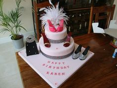 Shoes and bag cake
