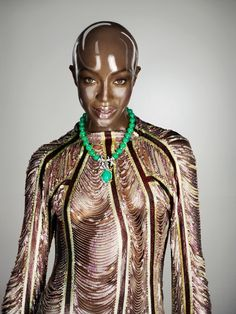 Without Hair | Naomi Campbell Ph by Seb Janiak | St by Clémence Cahu