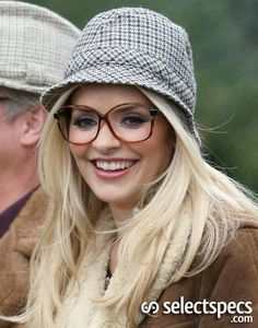 Holly Willoughby – Geek Chic or Deirdre Barlow?