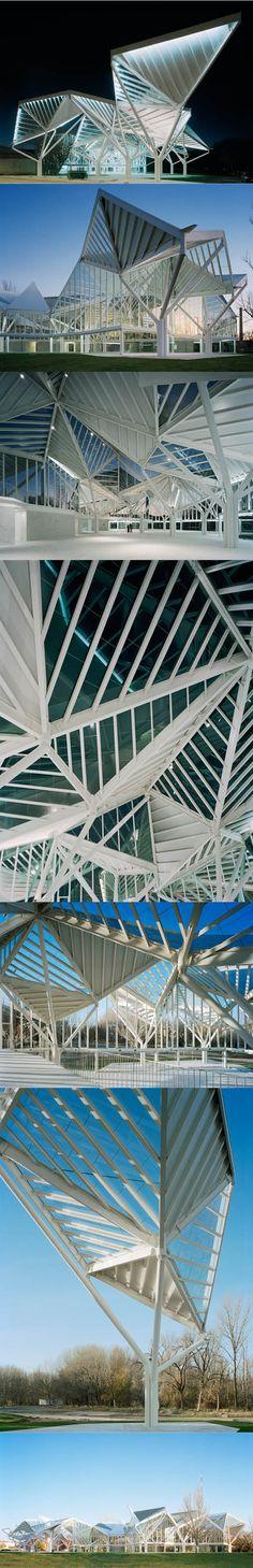 2013 Moneo Brock Studio - Glass Pavilion / Cuenca Spain / glass steel / white / cultural