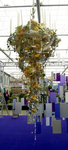 world of flowers, floral design, florists and flower shops! Deco Floral, Arte Floral, Flower Show, Flower Art, Flower Decorations, Wedding Decorations, Hanging Centerpiece, Floral Chandelier, Chandelier Wedding