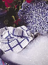 Blue Willow Kitchen Set free crochet pattern for a dishcloth