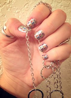 my layered Jamicure in Diamond Dust Sparkle and Deck the Halls (my very own hands) http://aimeeolson.jamberrynails.net/