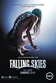 Falling Skies ) Created by Robert Rodat. With Noah Wyle, Maxim Knight, Drew Roy, Will Patton. Survivors of an alien attack on earth gather together to fight for their lives and fight back. All Movies, Series Movies, Movies To Watch, Movies Online, Movie Tv, Web Series, Falling Skies, Sci Fi Tv Shows, Watch Tv Shows