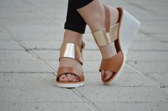 1000 maneras de vestir: Sandalias de cuña Gioseppo