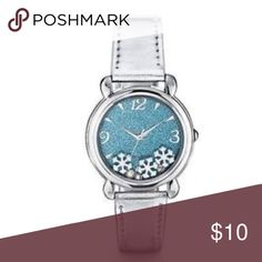 Cute snowflake watch 💕 So cute watch with moving snowflakes around ! Brand new and stopper is attached so batter life not used ❌no trades ❌ Accessories Watches