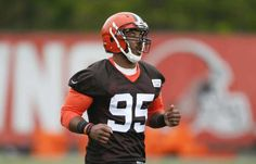Bruce Smith praises maturity of Browns DE Myles Garrett = Hall-of-Fame defensive lineman Bruce Smith is very impressed with the maturity of Cleveland Browns rookie defensive end Myles Garrett, according to Pat McManamon of ESPN.com. Smith, who was a guest of.....