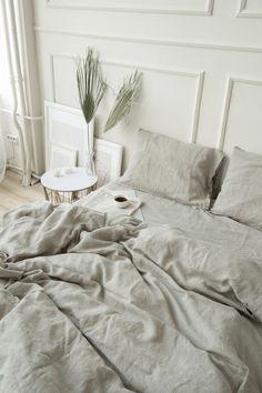 Turmeric Flax Linen Bedding Set In 2020 Shabby Chic Bedding Sets, Queen Bedding Sets, Linen Comforter, Grey Bedding, Dorm Bedding, Retro Bed, Ideas Hogar, Bed Linen Sets, Bed Sets