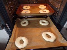 """""""Freselle"""" fatte in casa · La cucina di elsa's blog Friselle Recipe, Griddles, Griddle Pan, Oreo, Elsa, Pizza, Kitchen Appliances, Panini, Cookies"""