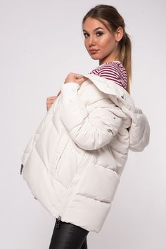 White puffer coat, with logo on the sleeve. Cozy, keeps you warm, and stylish at the same time Tommy Hilfiger Women, Coats For Women, Winter Jackets, Cozy, Warm, Stylish, Sleeves, Fashion, Girls Coats